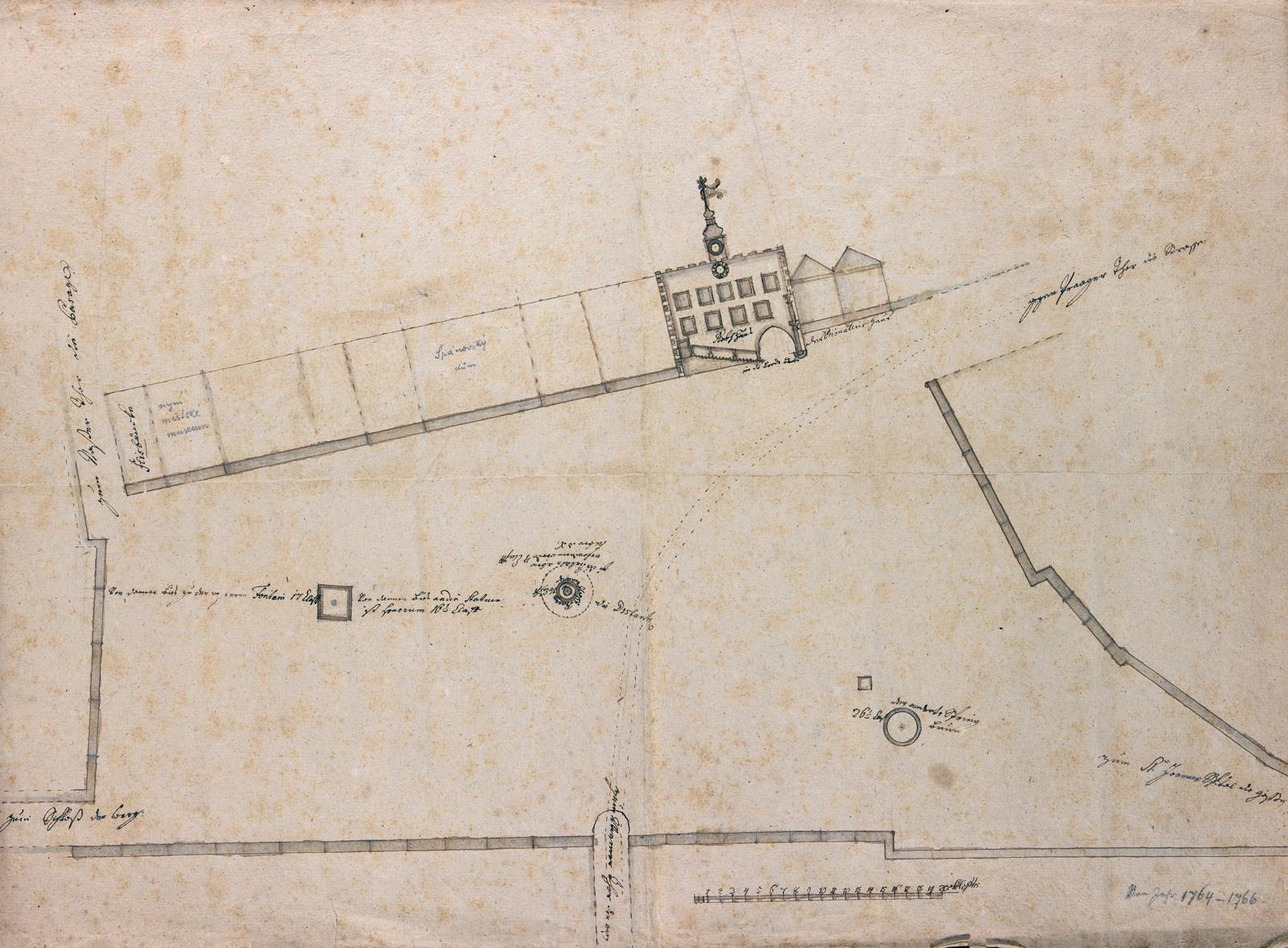 Plán náměstí z roku 1764 s vyobrazením radnice.